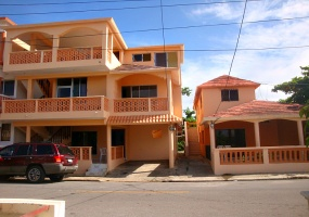Cabrera,Sale - Houses / Villas,1103