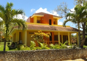 Rio San Juan,Sale - Houses / Villas,1126