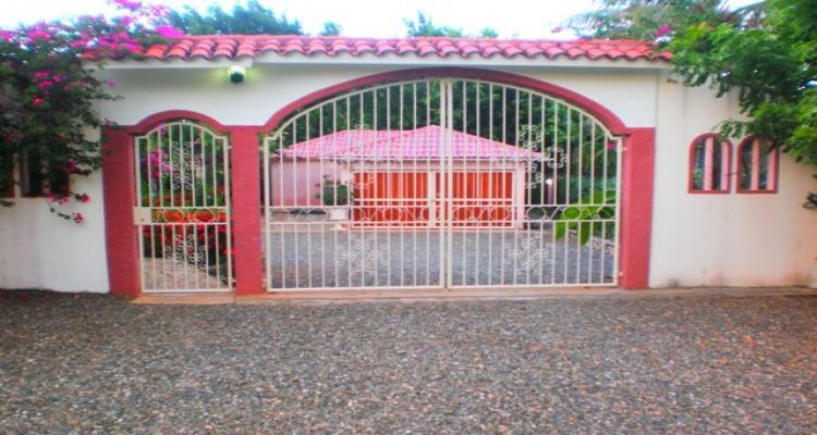 Caqbrera,Sale - Houses / Villas,1138