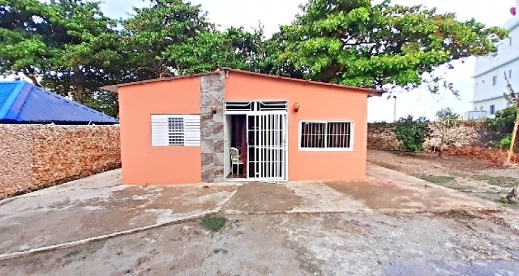 Cabrera,Rental - Houses / Villas,1281