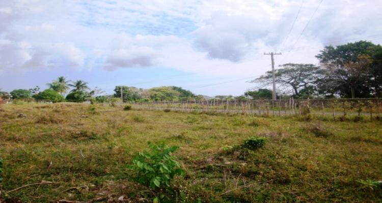 La Entrada,Sale - Land,1052